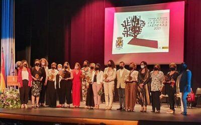 Entrega de los Premios Jaeneras por la Igualdad y contra la Violencia de Género, en el Teatro Darymelia.